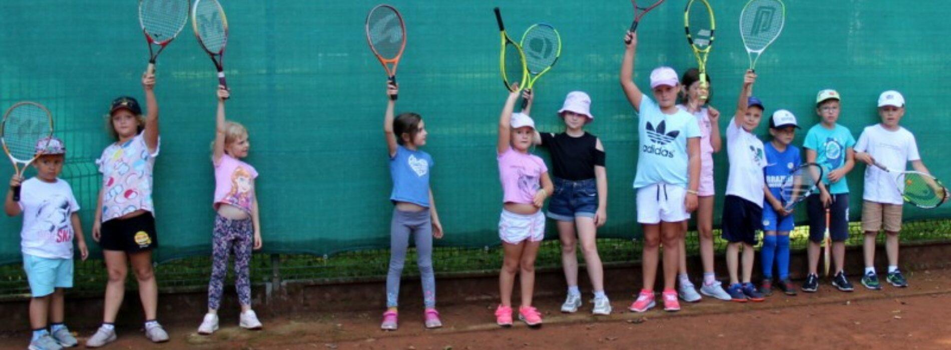 Wakacyjna szkółka tenisa ziemnego !